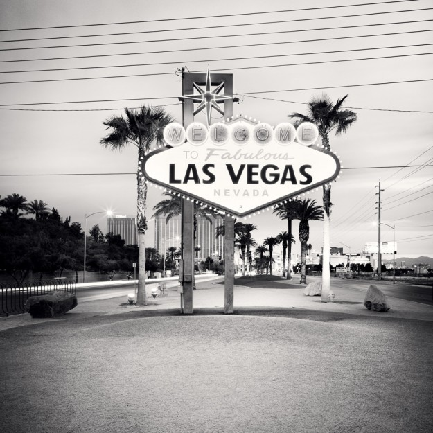 [Las Vegas - Welcome],4x5-007 - USA- q